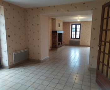 Location Maison 4 pièces Contres (41700) - Centre bourg