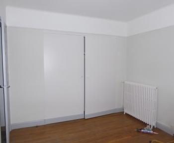 Location Appartement avec balcon 2 pièces Thiers (63300) - LE MOUTIER